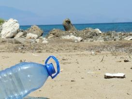 plastic-bottle-606881_1920.jpg